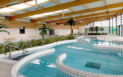 Ville d 39 estr es saint denis sports for Piscine baleine saint denis