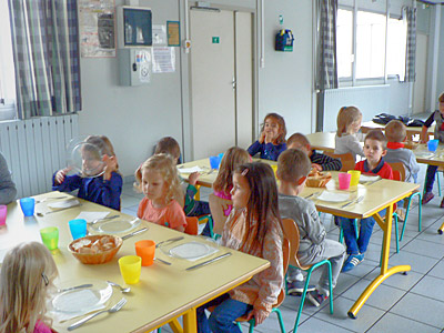 Ville d 39 estr es saint denis restauration scolaire for Formation restauration scolaire